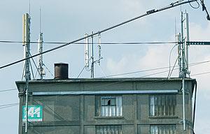'Antennes-relais : habitants et opérateurs ne sont pas sur la même longueur d'ondes !' - L'écho du Pas-de-Calais - Juin 2004