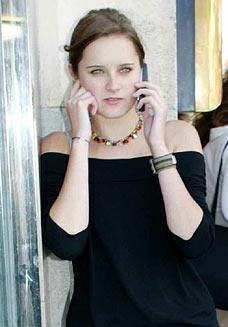 Les scientifiques affirment qu'il faut seulement 10mn au téléphone portable pour déclencher de dangereuses modifications chimiques au niveau du cerveau
