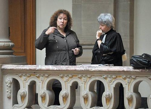 'Colmar : la justice réexamine la plainte d'une Strasbourgeoise électrosensible' - 'Pour un logement à l'abri des ondes' ... 20 Minutes - AFP - Le Monde.fr - L'Alsace - 02 et 03/11/2008