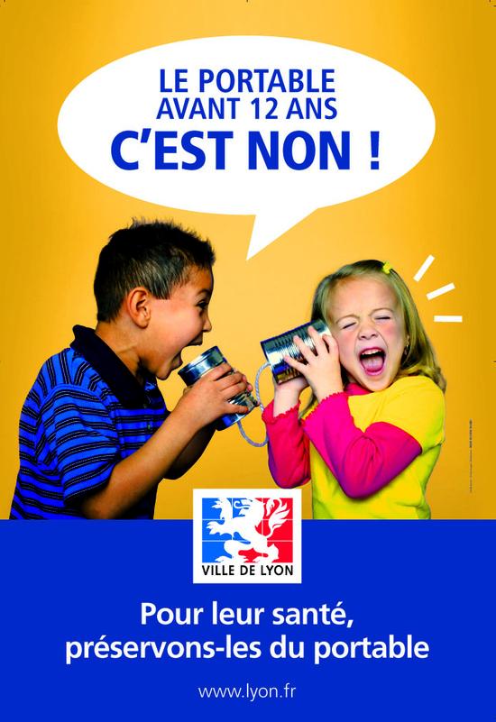 Lyon lance une campagne de prévention sur les usages du téléphone portable  - Communiqué de presse des élus Verts du 12/12/2008