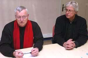 Claude Lefèvre (à gauche sur notre cliché) et Michel Tribout, décidés à faire valoir le principe de précaution. (Photo DNA - Alain Destouches)
