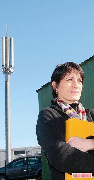 'La fronde contre les antennes relais se généralise' - Sud Ouest - 02/03/2009