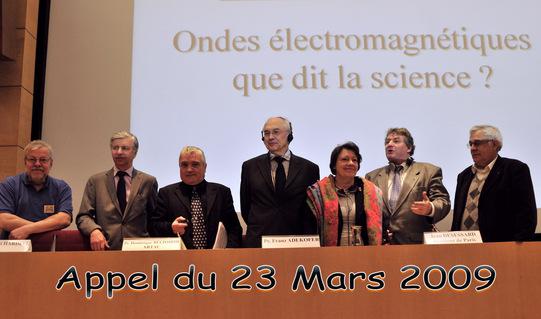 « Appel du 23 Mars » : déclaration de 5 scientifiques européens sur les conséquences sanitaires des technologies sans fil (Photo Robin des Toits)