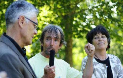 SANTÉ : Michèle Rivasi à la rencontre des EHS  - La lutte ne fait  que commencer - Le Dauphiné Libéré -  26/06/2010