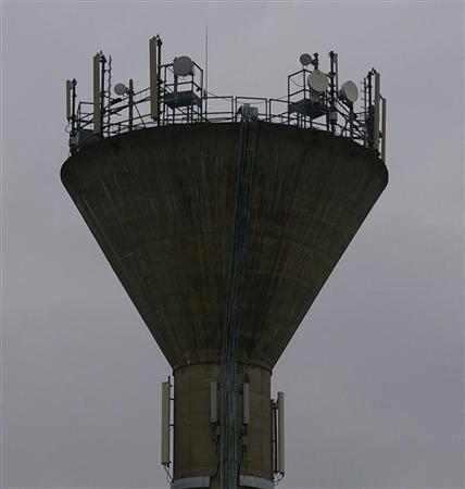 Le « Collectif pour la vie » a déposé une plainte contre X au TGI de Dijon pour faire cesser les émissions de WiMax Photo N.D.