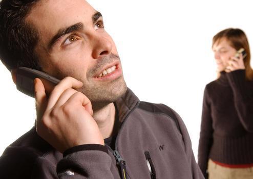 L'OMS a reconnu mardi soir que les ondes de téléphone portable sont possiblement cancérigènes. SIPA