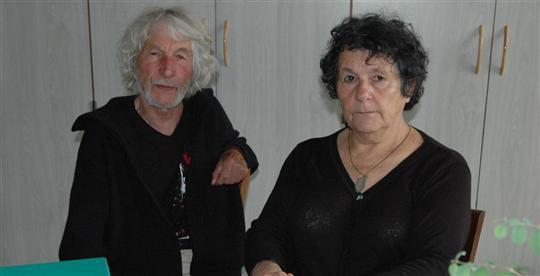 Les Talantais Robert et Michèle Cautain, parents d'une fille électrohypersensible, dénoncent un scandale sanitaire.