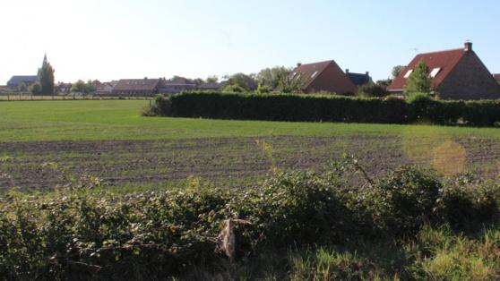 L'antenne devait être installée à proximité des maisons, chemin de Halage.