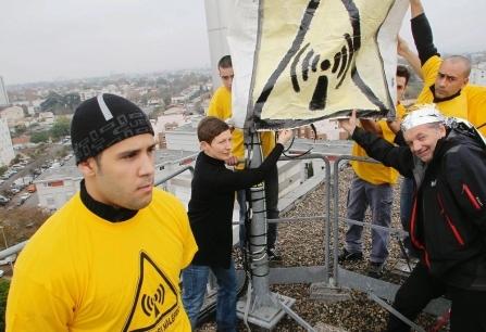 Manifestation anti-antennes à Talence, en novembre ((archives F.C.)