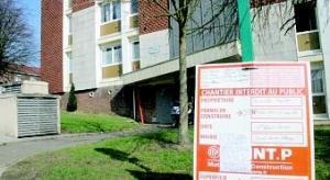 Le permis de construire trône toujours au pied de la résidence Voltaire, rue Michelet à Saint-Laurent-Blangy.