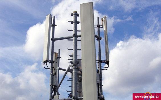 Essonne : inquiétude sur les dangers des antennes-relais - Essonneinfo.fr - 21/03/2012
