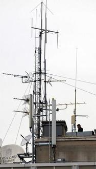 """""""Téléphonie mobile : quel impact sur la santé ?"""" - La Nouvelle République - 11/04/2012"""