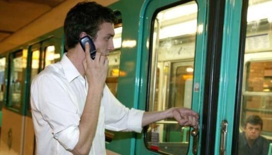 """""""Wifi dans le métro : les usagers prennent-ils des risques pour leur santé ?"""" - Nouvel Observateur - 22/06/2012"""