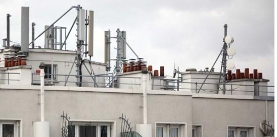 """""""Paris : un accord pour déployer la 4G"""" - Le Nouvel Observateur - 19/09/2012"""