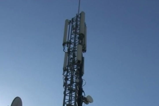 """""""Antennes relais de téléphonie mobile. La mairie de Toulouse agiterait-elle des « peurs irrationnelles » ?"""" - Toulouse-Info - 06/02/2013"""