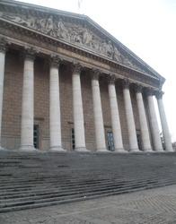"""""""Des députés UMP veulent réduire la puissance des antennes"""" - PC Impact - 08/02/2013"""