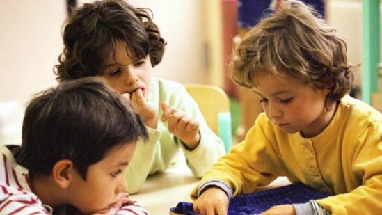 Les députés ont voté l'interdiction des boîtiers wifi dans les crèches, mais pas dans les écoles maternelles. | Photo Photoalto