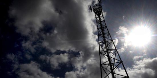 Une antenne-relais. (Fred Tanneau - AFP)