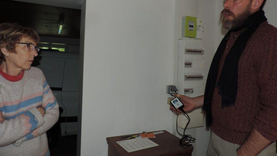 Devenue électro sensible depuis la pose de son compteur Linky, elle porte plainte - ladepeche.fr - 04/05/2019