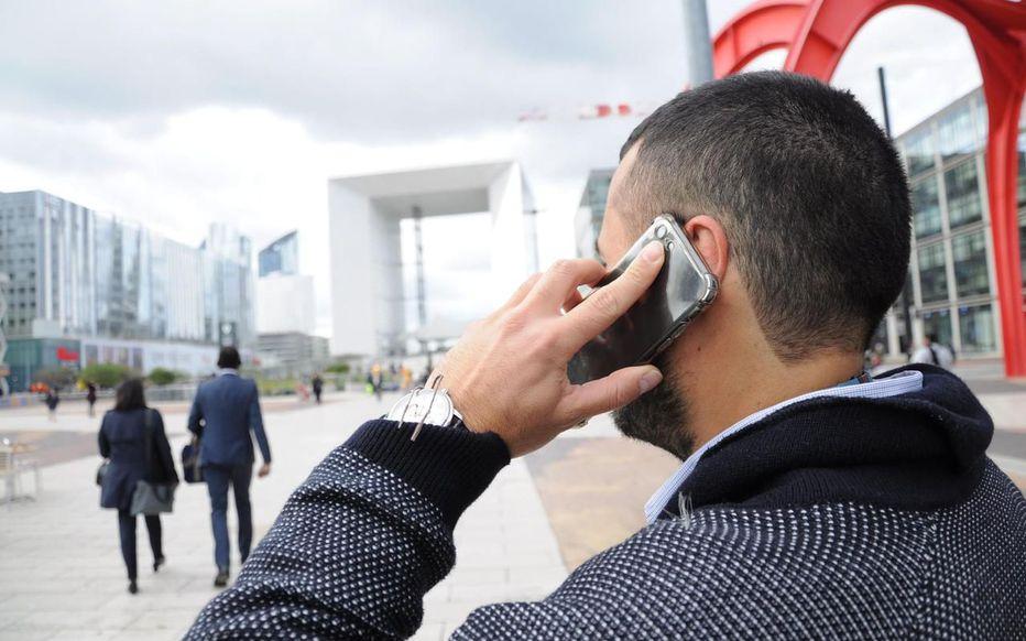 La Défense, 7 octobre 2019. Les premières expérimentations 5G seront réalisées dans le quartier d'affaires l'année prochaine. LP/Amanda Breuer Rivera