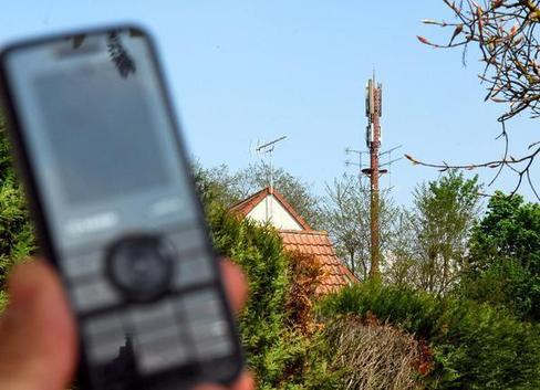 Un débat passionné avec en toile de fond, l'installation de la 4G. - (Photo archives NR)