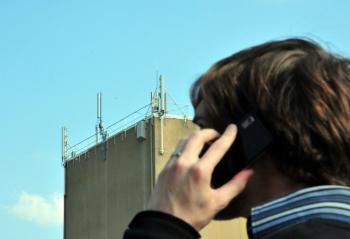La commune vient de procéder à une étude des ondes électromagnétiques./Photo DR