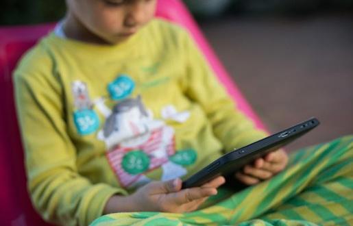 «Les enfants en bas âge ont une sensibilité accrue aux ondes électromagnétiques» - 20 Minutes - 30/01/2015