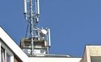 Antennes relais : près de 90% des 250 habitants d'HLM souffrent d'acouphènes - Impact Santé - 08/11/2011