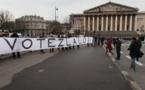 """""""L'Assemblée adopte un texte encadrant l'exposition aux ondes électromagnétiques"""" - France Tv Info - 23/01/2014"""