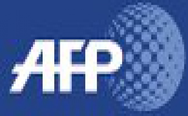 Conf rence citoyenne danger t l phone portable et for Antenne relais wifi maison